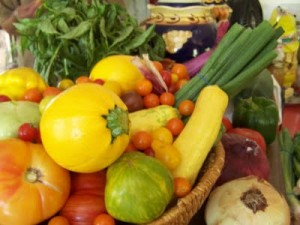 A food gift basket is great gift for foodies