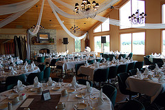 A golf country club is in the top ten romantic reception venues