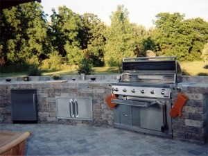 Build an outdoor kitchen as a spring home improvement project