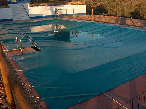One of the top ten ways to keep a pool clean