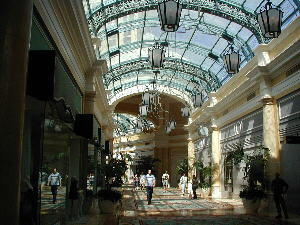Best of Shopping Las Vegas Via Bellagio