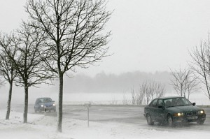 top 10 winter weather safety tips Drive in snow