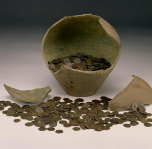 Roman coins sold to UK museum