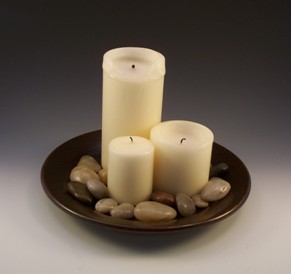 Combine candles with accessories for simple decorating ideas