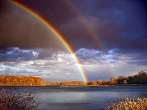 Rainbows are in the top ten cool weather photographs