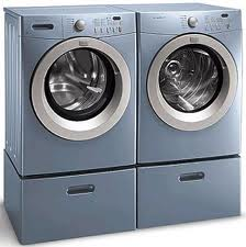An efficient washing machine helps conserve laundry