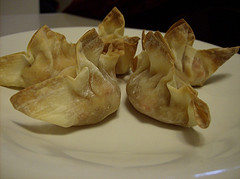 Cream cheese wontons make the list of the top ten easy hors d'oeuvres