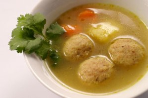 A list of the top ten traditional Passover recipes