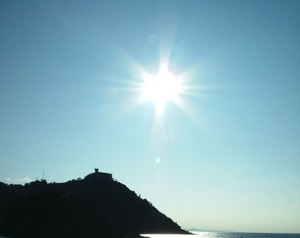 Sun is one of the top ten cool photographs of the weather