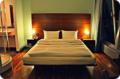 One of the top ten master bedroom bedding accessories