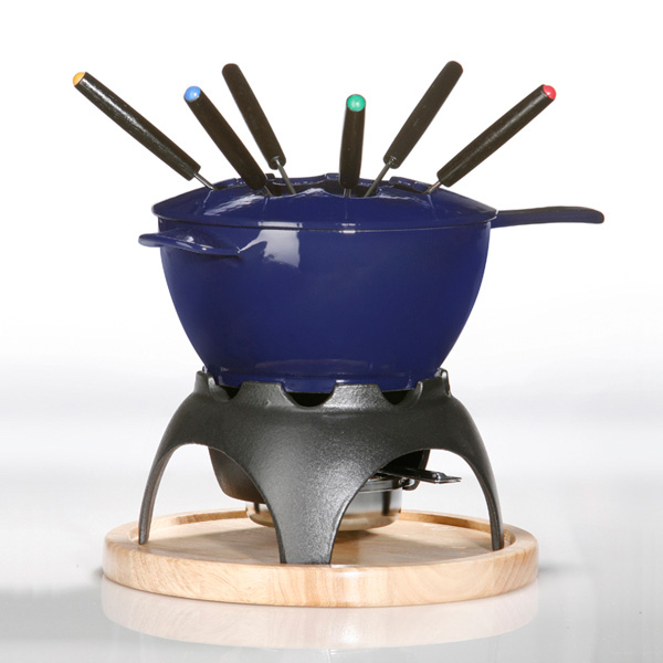Blue fondue pot from Culinary Direct