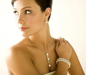 One of the top ten jewelry for the bride ideas
