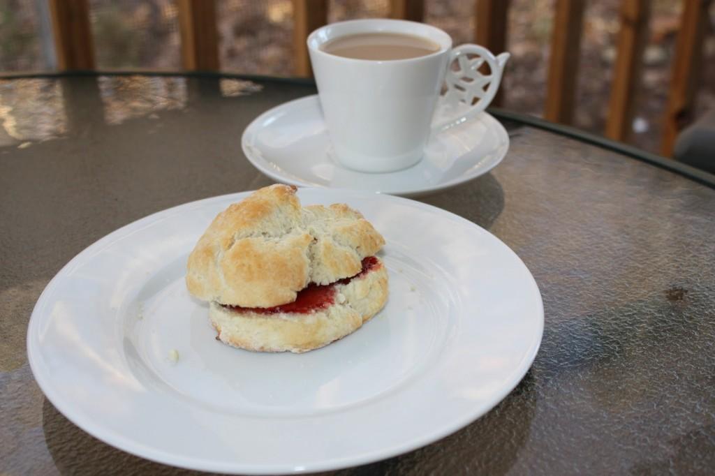 A list of the top ten ways to serve tea