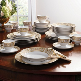 One of the best of holiday china for entertaining
