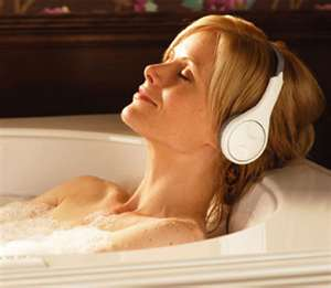 One of the top ten relaxing bath ideas
