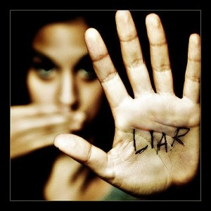 top 10 signs shes not that into you lying