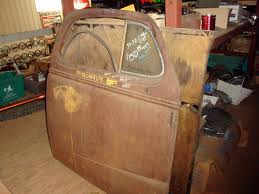 A list of the top ten car restoration pointers
