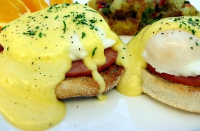 A list of the top ten egg benedict recipes