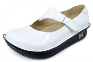top 10 shoes to wear with scrubs mary janes