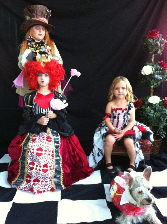 top 10 fun family portraits costumes