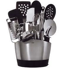 Counter top utensil holder
