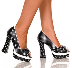 Chunky-heeled