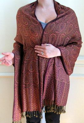 Luxurious shawl