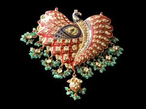 heirloom jewelry pin