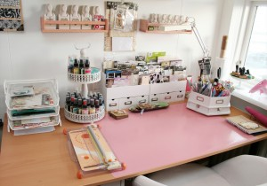desk top craft supplies