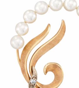 circlet of pearls