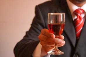 wine snob gifts