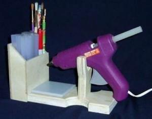 Hot glue gun and stand