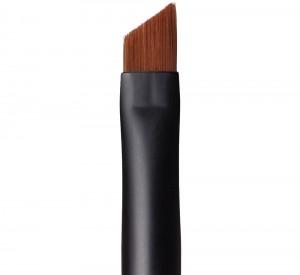 angled liner brush
