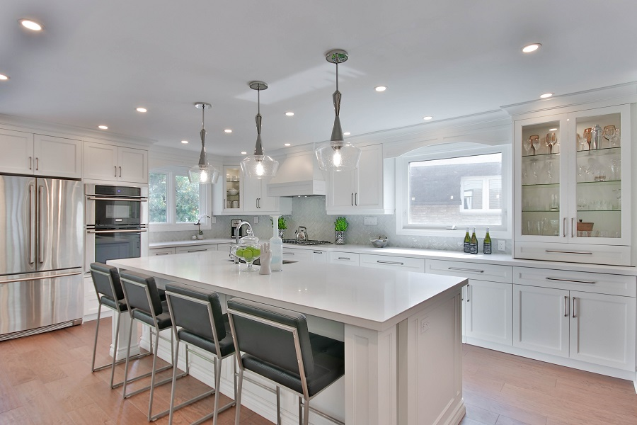 Clean and bright kitchen