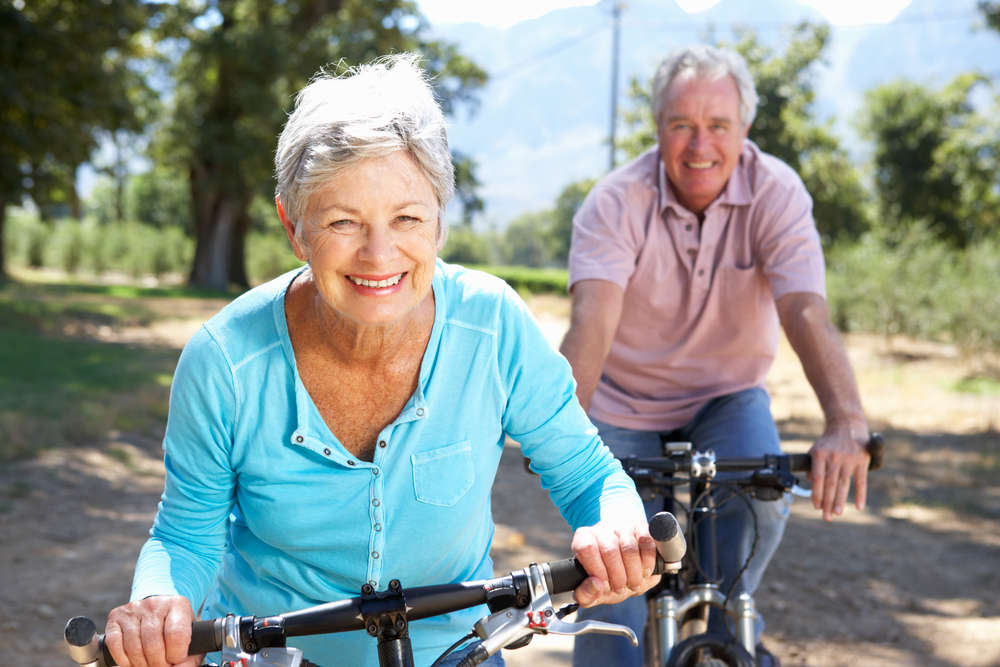 5 Intriguing Senior Online Dating Tips for Interesting Adults in 2021