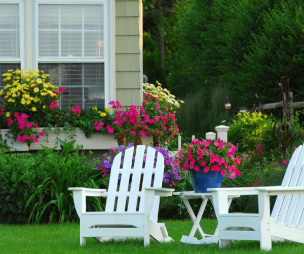 Lawn Decor Tips: Best Placement for Effect and Maximum Charm