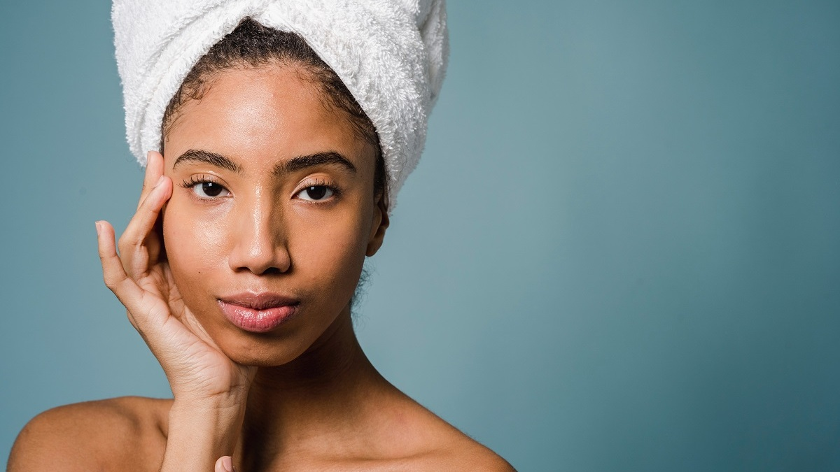 10 Must-Have Essential Beauty Tools: Know What to Buy