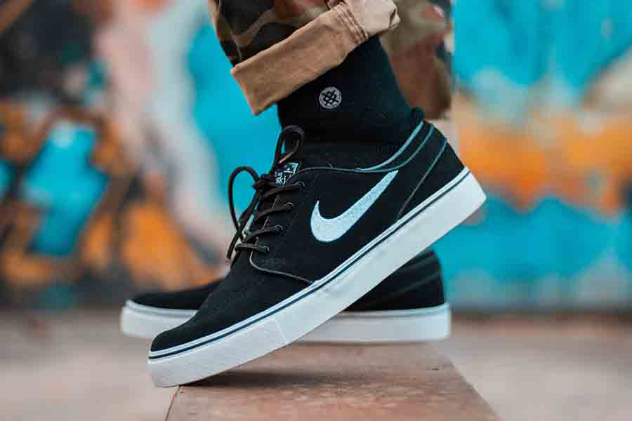 Black Fashion Sneakers with Nike logo